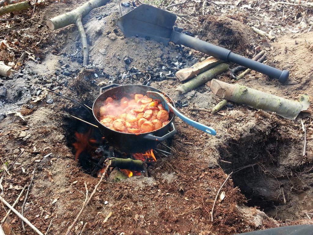 [dakota_fire_hole_cooking02]